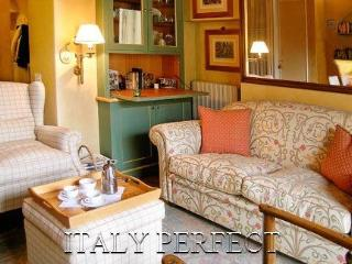 Discount! Perfect Ultra Special Romantic Balcony Anna