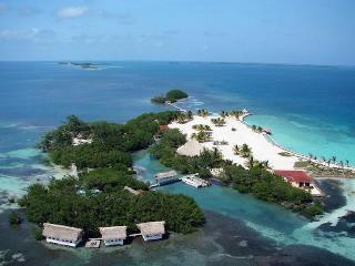 ROYAL BELIZE: Exclusive Private Vacation Island
