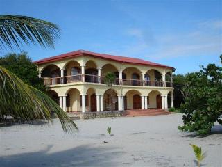 Villa Ranguana the Ultimate in Beachfront Luxury