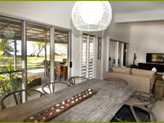 Stunning Beach front House in Tropical Nth Qld