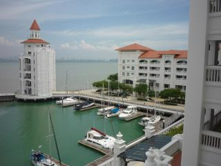 Straits Quay, Luxury Serviced Apartment, Penang