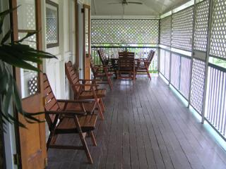 Eyre Cottage, Family Accommodation in Townsville
