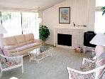 2 Bedroom, 2 Bathroom Vacation Rental in Solana Beach - (SUR4)