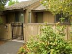 Affordable and cozy Sunriver vacation rental