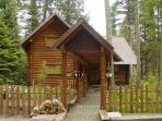 Martins on the River - Relax and enjoy this Log Cabin nestled in the Pines