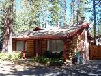 The original log cabin- 10min to beach, sleeps 10 - CYH1001