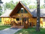 Breathtaking Branson Vacation Log cabin