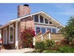 Santa Cruz Beach View Cottage-Luxury Dog-Friendly