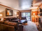 PARK STATION 227 (2 BR) Near Town Lift!