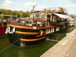 Live on the Seine Houseboat Grenelle  #299
