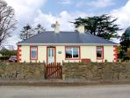 BRUACH NA HAILLE, pet friendly, country holiday cottage, with a garden in Killadysert, County Clare, Ref 2959