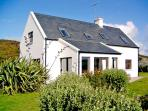 UP RIVER HOUSE, family friendly, country holiday cottage, with a garden in Skibbereen, County Cork, Ref 2858