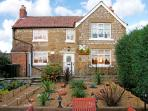 CROFT COTTAGE, pet friendly, character holiday cottage, with a garden in Pickering, Ref 3727