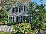 CLASSIC AND STYLISH RETREAT IN EDGARTOWN VILLAGE - EDG CPOL-63