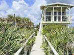 Flagler Oasis Beach House, Sleeps 8, Beach Front HDTV, Wifi