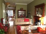 Huge 3 Bedroom Manhattan House Central, Garden