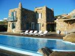 Villa Cavo Nano, right on the coast 6 bedrooms -