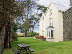TYDDYN GORONWY, family friendly, luxury holiday cottage, with pool in Talybont, Ref 4084