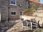 WAYSIDE COTTAGE, family friendly, country holiday cottage, with a garden in Wrelton, Ref 4109