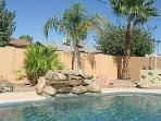 Private Pool & Hot Tub. Sleeps 8! Near Everything!