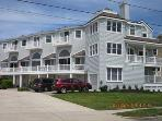 Ideal 3 Bedroom, 3 Bathroom Condo in Cape May (5887)