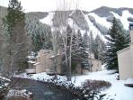 Ski-in, Creekside, Deck, Amazing Views and Value
