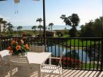 September Special - Renovated Beach Front Condo