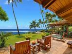 Ho`o Walea - Elegant 3 Bedroom Ocean Front Villa with a Pool