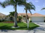 Lovely Briarwood villa lake/fountain view NR Beach