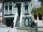 Great 2 BR/2 BA Victorian Garden Apt in Noe Valley