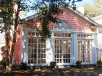 'Sea Oaks Retreat '  sleeps 10+ Pet Friendly!