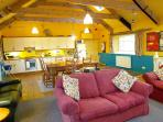 Pet Friendly Holiday Home - The Vestry, Newport