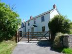 Child Friendly Holiday Home - Whitehall House, Angle