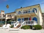 Spectacular Beach Home! 083