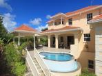 Luxury 4 bdrm private home, pool/staff in Holetown
