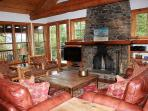 5 bed /7 ba- COTTAGEWOOD HOUSE