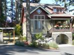 Northwest Craftsman Located in the Heart of Town