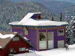Ski In/Out 4+ Bedroom Home w/Rooftop Hot Tub