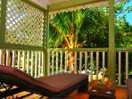 TI BO - PALM D'ORIENT... affordable, cozy, tropical escape in Orient Bay