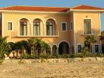 Hacienda Corazon Beach Front 5-10 BR Amazing Villa
