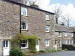 SETTLEBECK COTTAGE, family friendly, character holiday cottage in Sedbergh, Ref 11220