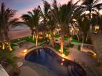 Beachfront Villa: Private Chef, Spa, sleeps 18