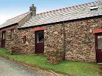 Pet Friendly Holiday Cottage - Ty Cariad, Abercastle