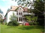 Lovely Country Victorian Retreat with Pool & More!