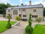 FOX GHYLL, family friendly, luxury holiday cottage, with a garden in Bolton-By-Bowland, Ref 11343