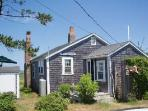 3 Bedroom 2 Bathroom Vacation Rental in Nantucket that sleeps 6 -(10113)