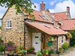 BEECH COTTAGE, family friendly, character holiday cottage, with pool in Ebberston, Ref 13727
