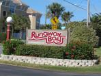 Runawaybay Condo 2BR/2BA,Heated Pool,Tennis court
