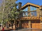 Deer Valley Dreamin-Ski-in/out,Hot Tub,Pool,Views!