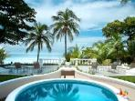Beachfront Royal Villa- pool- jacuzzi, tropical grounds & resort access